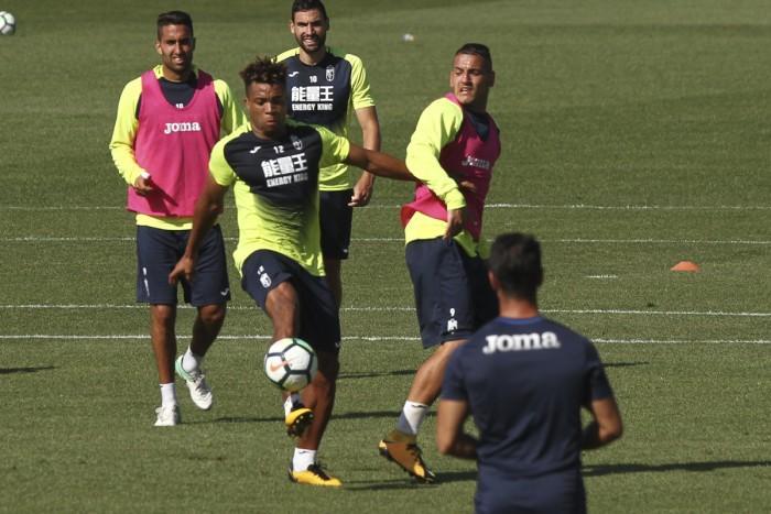El Granada CF se prepara para medirse al Nástic y al Oviedo