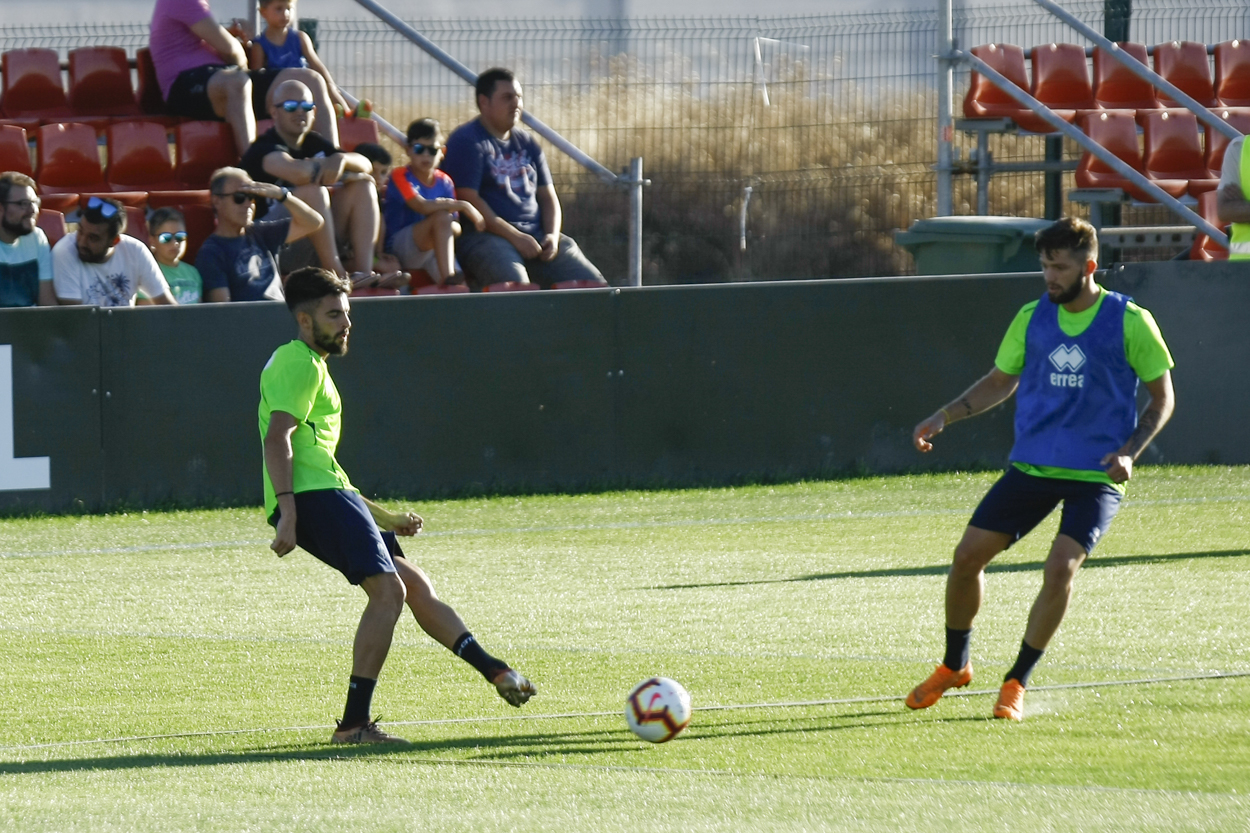 El Granada CF abre a la afición un entrenamiento preparatorio para Lugo