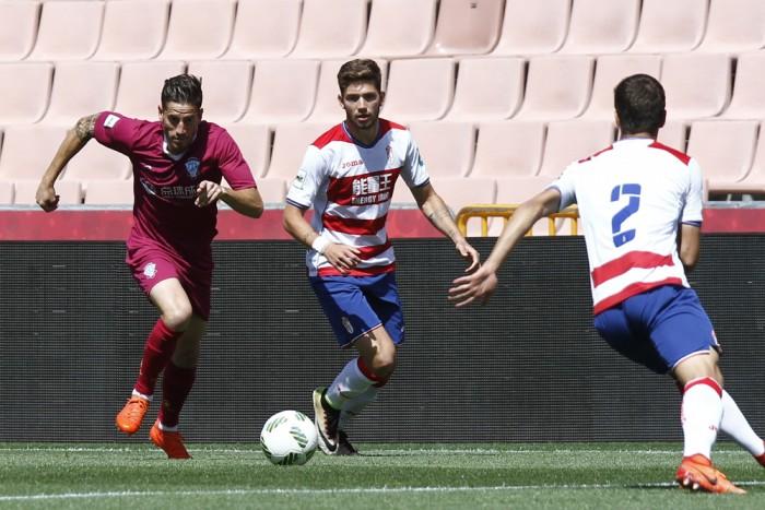 FC Jumilla - Granada B: un duelo de opuestos