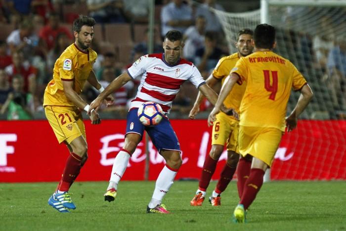 El Sevilla FC le arrebata al Granada CF el V Trofeo Diputación