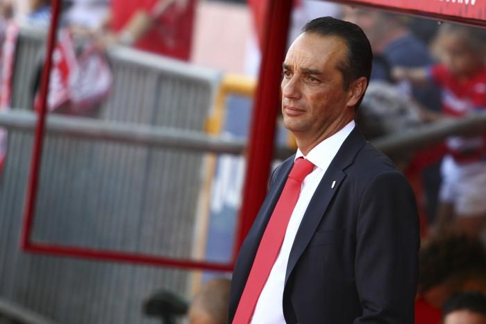 """Oltra lamenta el """"desacierto defensivo"""" del Granada en Tarragona"""