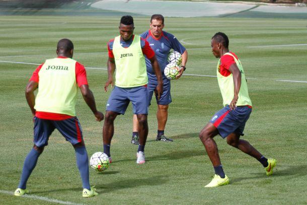 Sandoval cita a 19 jugadores para el amistoso contra Ittihad Tanger