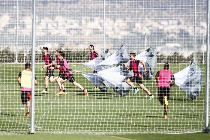 El Granada CF se prepara para recibir al Athletic y visitar al Alavés