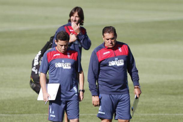 Ismael Martínez, segundo entrenador del Granada CF, operado del corazón