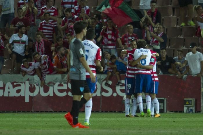El Granada CF de Oltra se estrena en Los Cármenes con victoria mínima