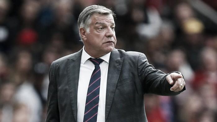 """Allardyce: """"Davies es un jugador inteligente"""""""