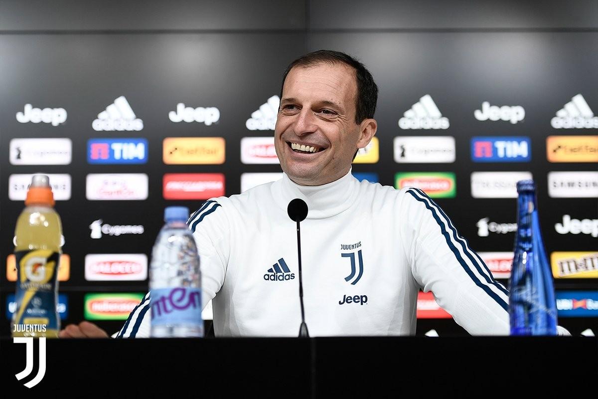 Juventus-Atalanta, Higuain in forte dubbio: ha ancora dolore alla caviglia