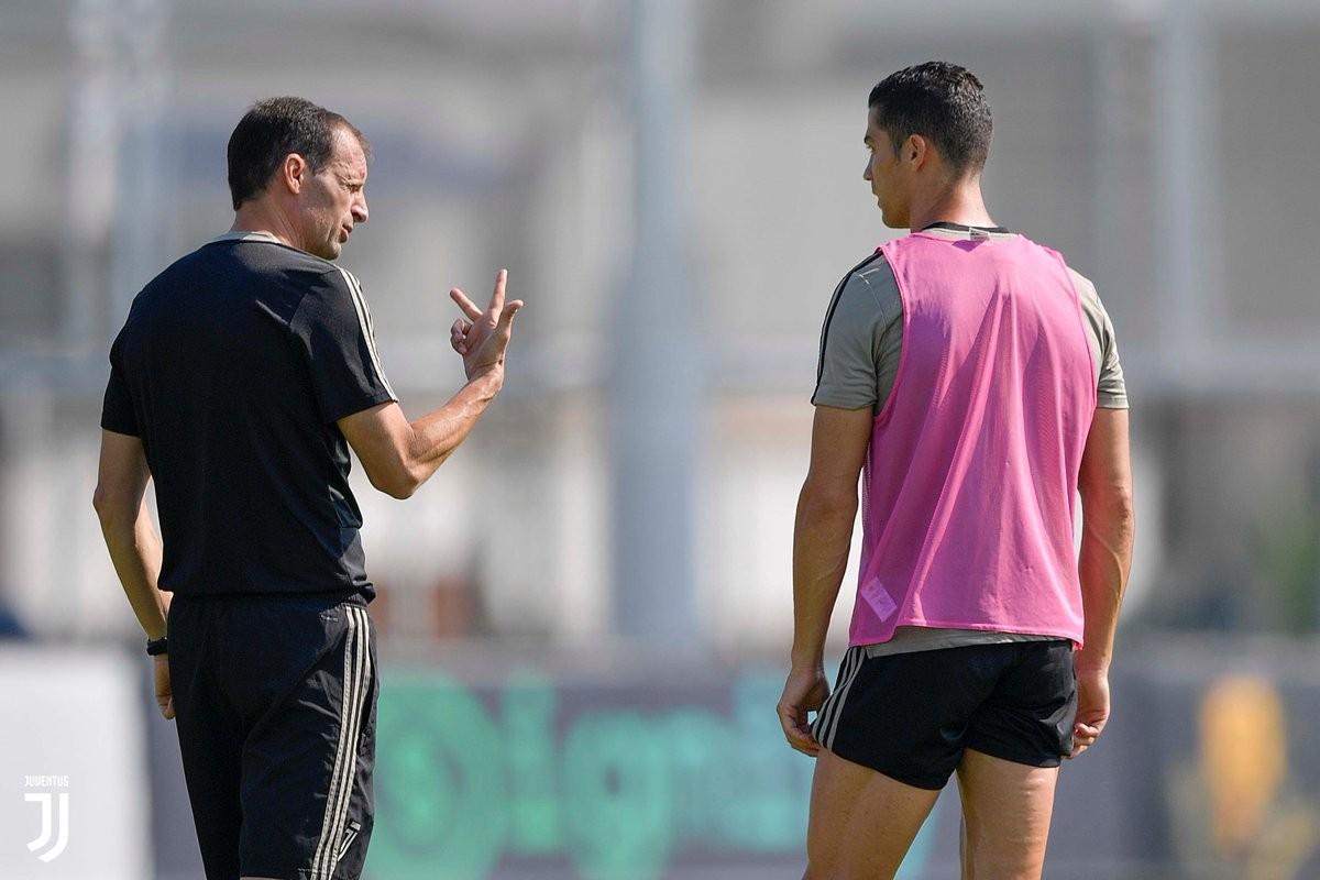 Juventus, contro la Lazio ancora dubbio modulo
