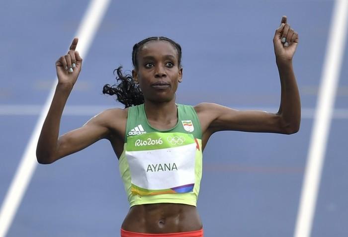 Almaz Ayana leva ouro para Etiópia e quebra recorde olímpico nos 10.000m