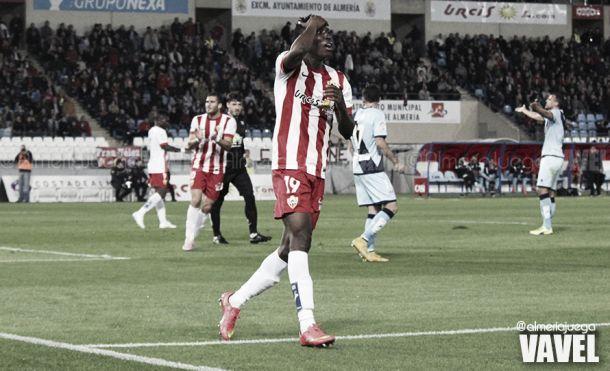 La FIFA sanciona al Almería con tres puntos en Liga