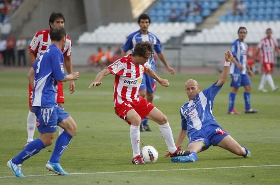 A pesar de la victoria, el Almería quedó sin premio