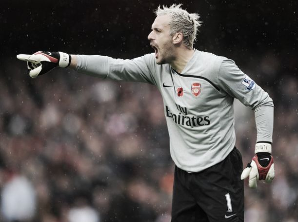 Manuel Almunia cuelga los guantes