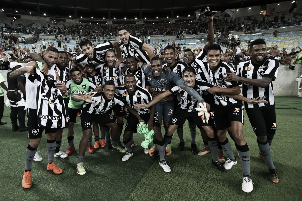 Vasco vence Botafogo por 3x2 com gol nos acréscimos