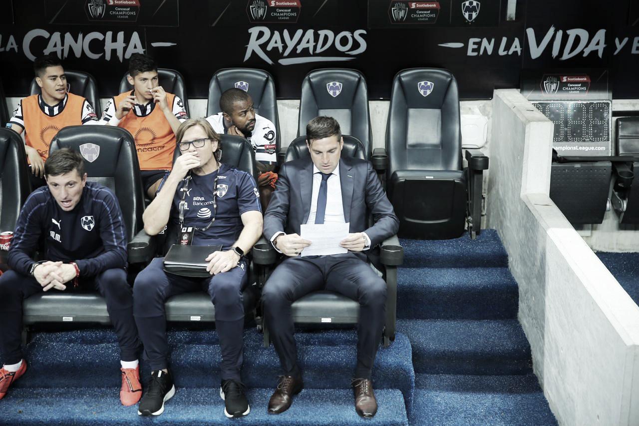 """Diego Alonso: """"La gente nos empujó, fue el jugador número 12"""""""