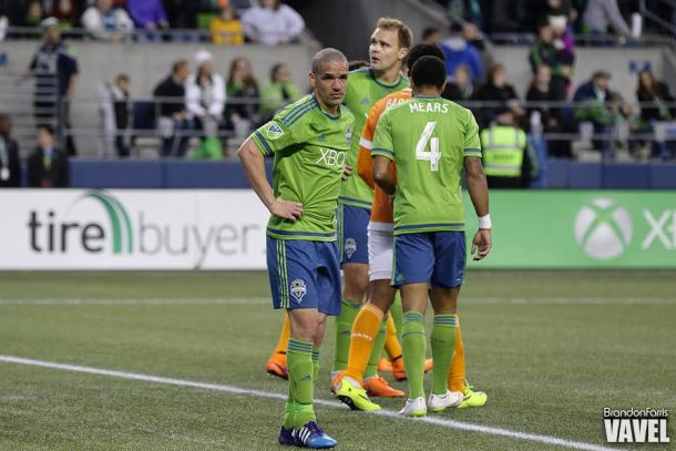Osvaldo Alonso, Chris Rolfe Both Suspended One Match By MLS Disciplinary Committee