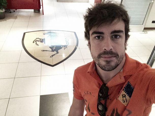 Oficial. Fernando Alonso abandona Ferrari