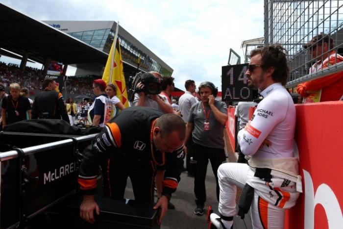 F1, Alonso vicinissimo ad ufficializzare il rinnovo con McLaren