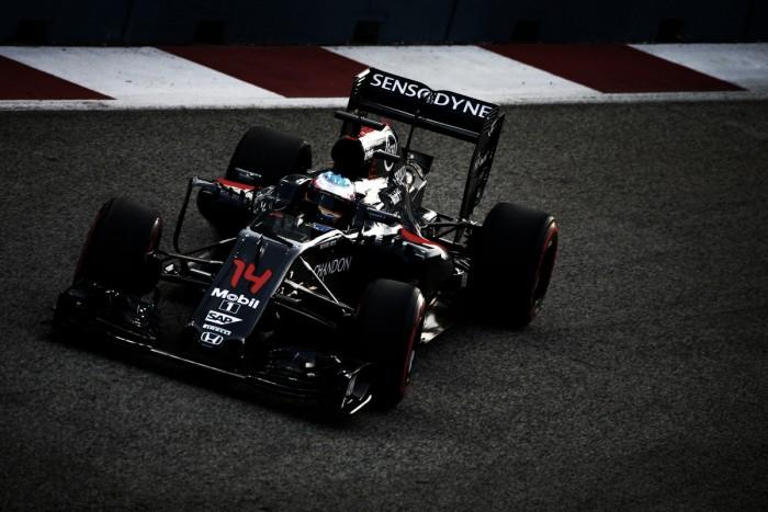 Gigante do ramo tecnológico, Apple negocia compra da McLaren, diz jornal