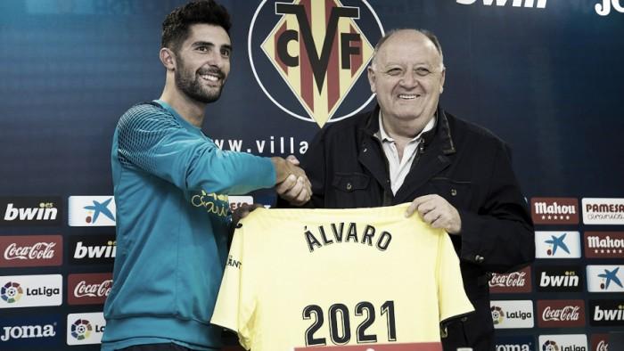 """Álvaro González: """"Estoy muy orgulloso por esta renovación"""""""