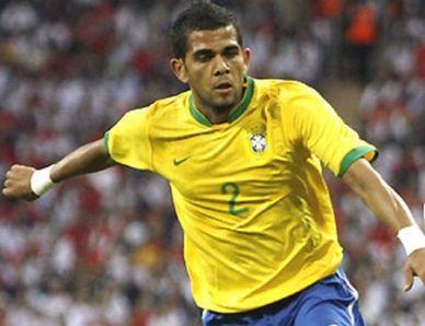 El Barça decide no sancionar a Dani Alves