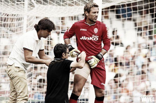 Alves y Ruiz estarán 1 mes fuera de la competición