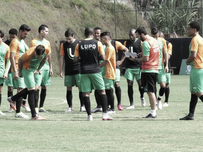 Técnico Sergio Vieira pode repetir América-MG para enfrentar Palmeiras