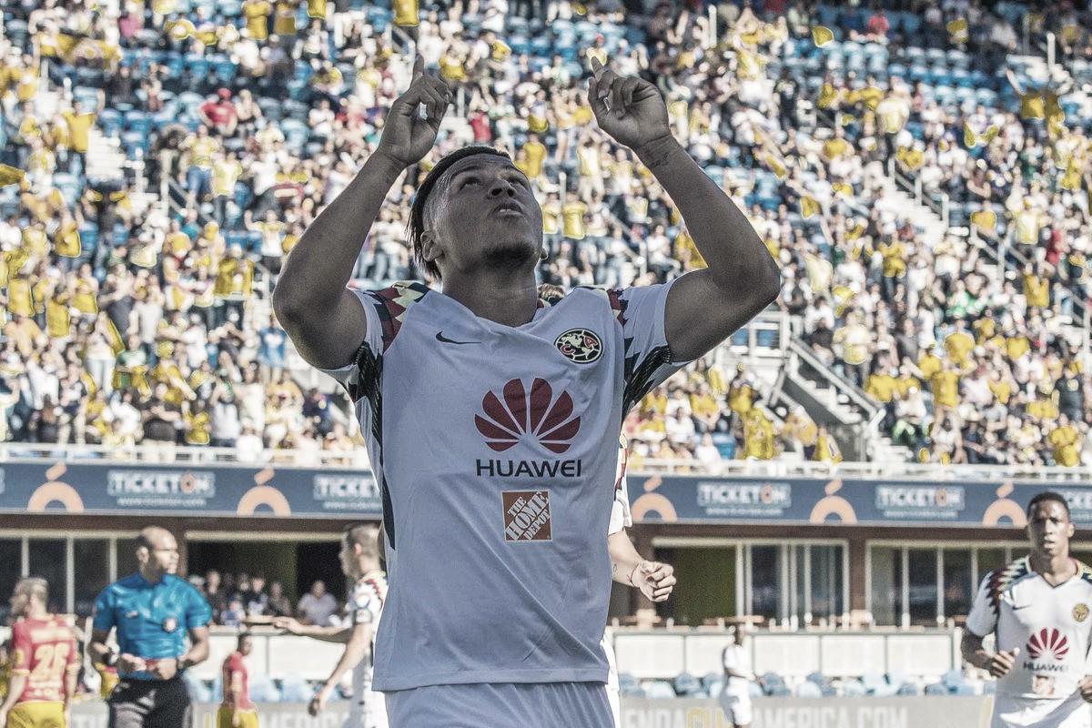 Roger Martínez se estrenó con doblete en la victoria azulcrema