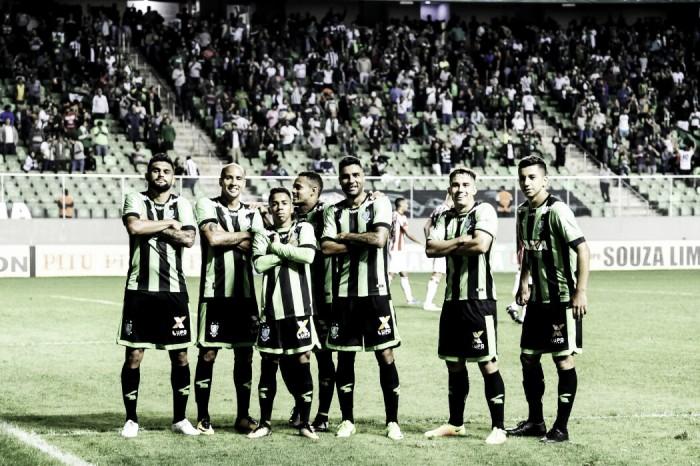 Atacante Luan destaca vitória e elogia a torcida do América-MG