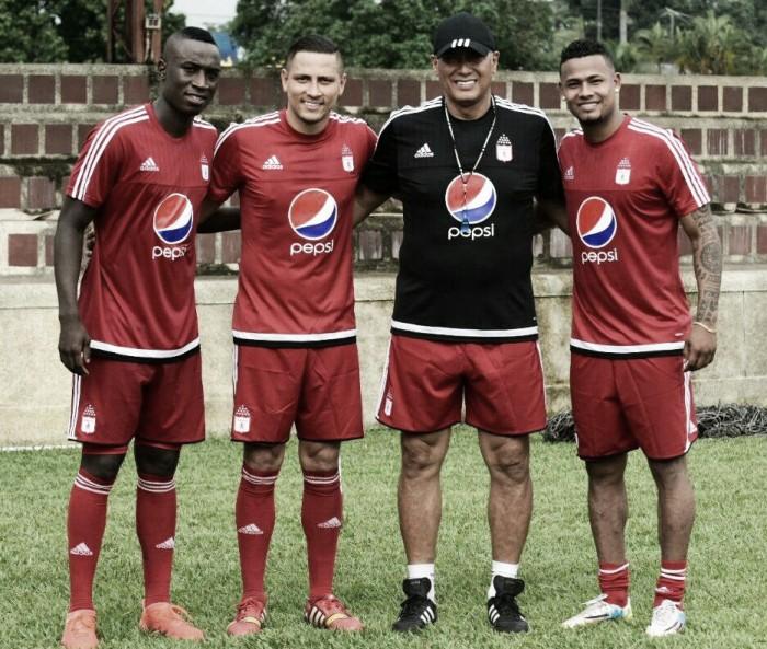 """Hernán Torres: """"El que se ponga la camiseta del América tiene que rendir y cumplir"""""""