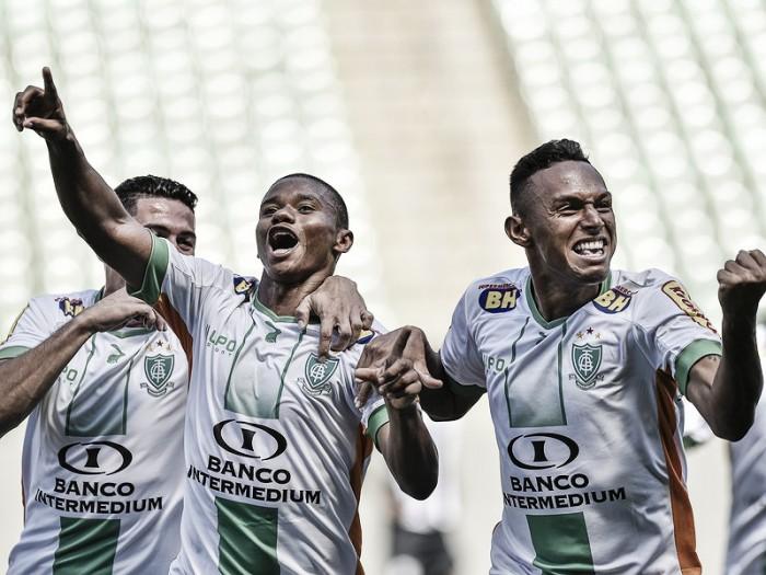 América-MG aproveita vantagem numérica em campo e vence o Santos no Independência