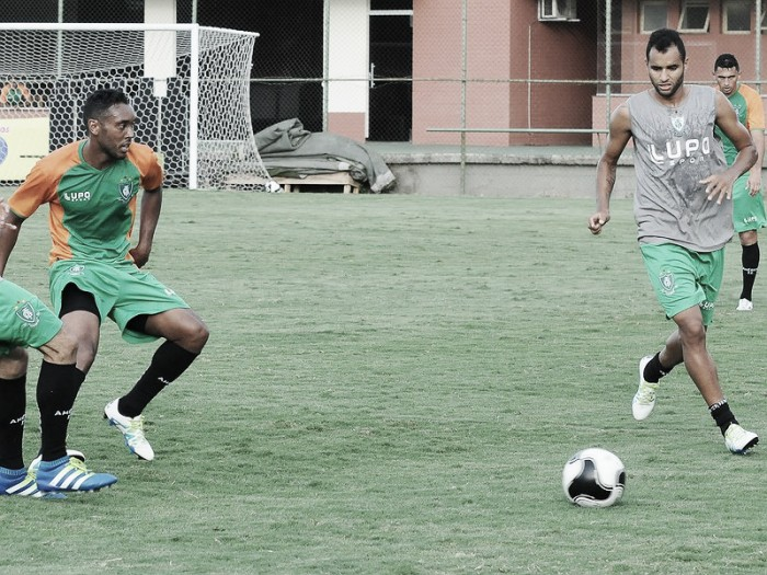 Buscando ganhar confiança, América-MG recebe Fortaleza pela Copa do Brasil