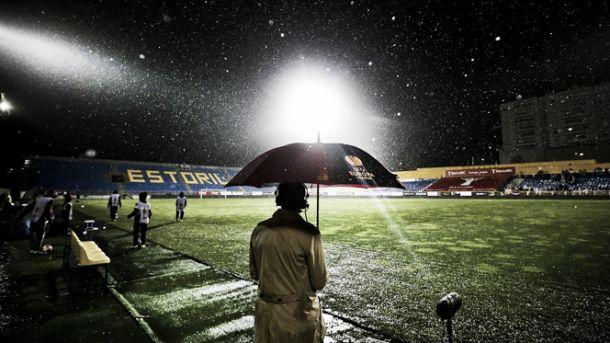 Estoril x PSV interrompido devido à chuva intensa