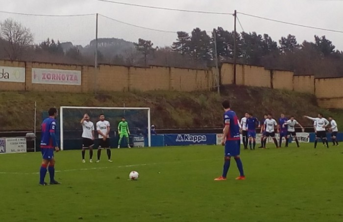Xabi Sánchez se estrena con empate ante el Real Unión