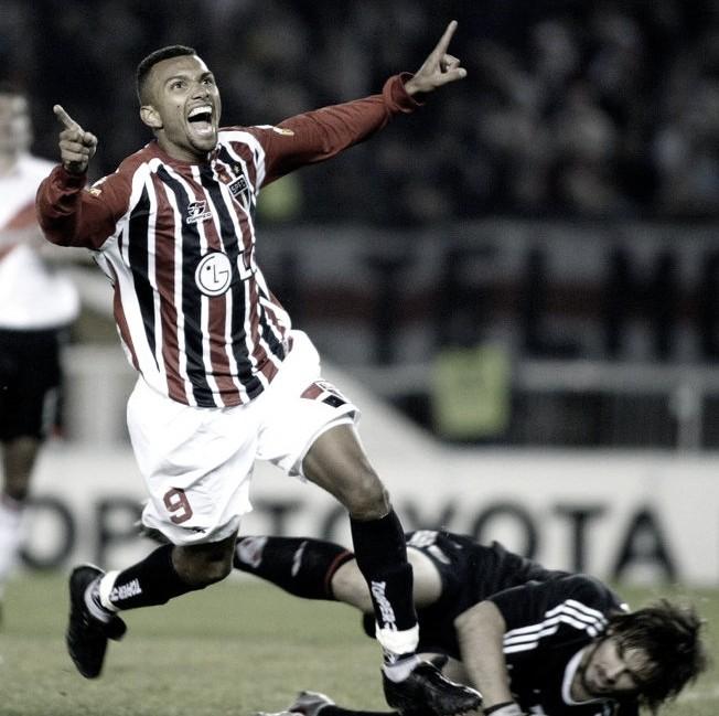 Amoroso relembra Mundial de Clubes 2005 e elogia ex-companheiros tricolores