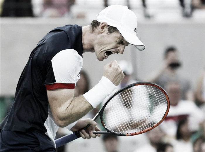 Andy Murray supera Fognini e avança às quartas da Rio 2016