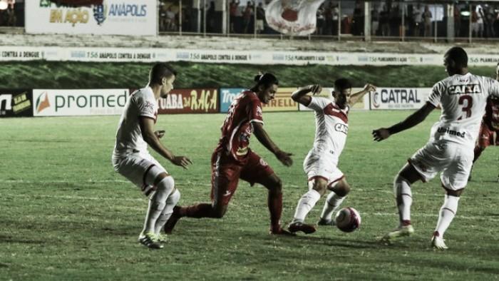 Mateus Pasinato brilha e Vila Nova fica no empate sem gols com a Anapolina