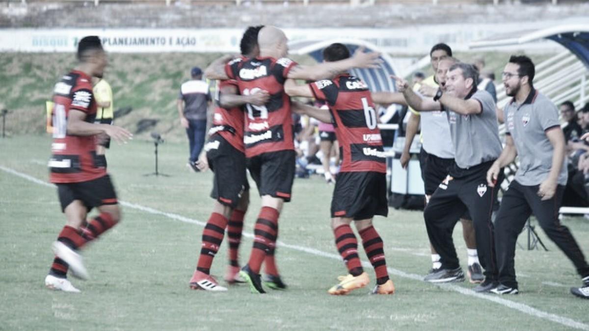 Com pênalti perdido e gol impedido, Atlético-GO vence o Anápolis e respira na classificação