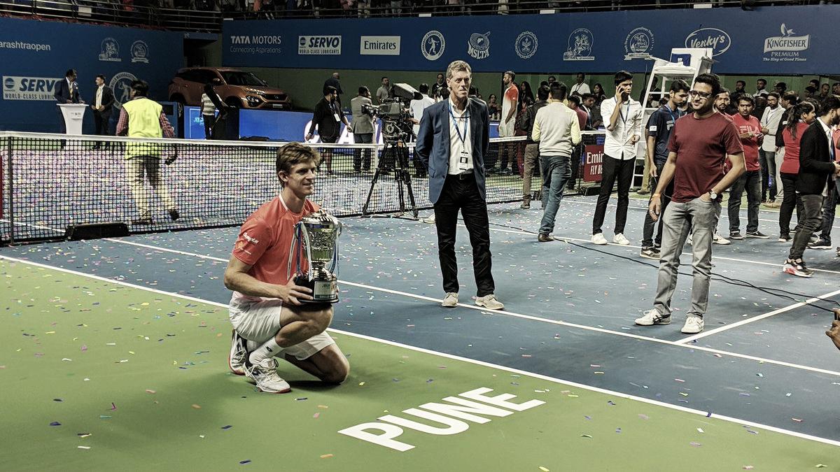 Anderson conquista título do ATP 250 de Pune contra Karlovic na final mais alta da história