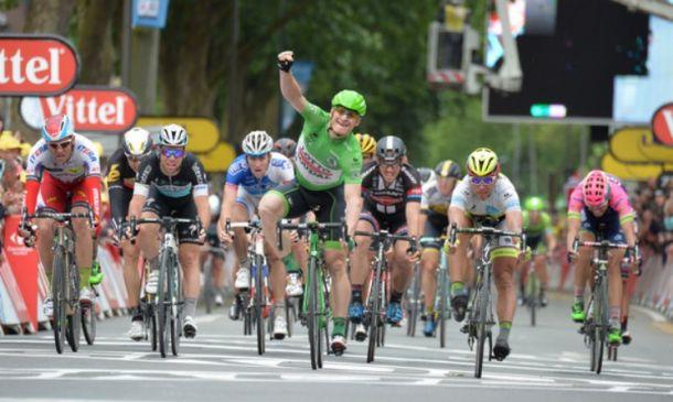 Tour de France, 5^ tappa: Greipel concede il bis ad Amiens. Tony Martin conserva la maglia gialla