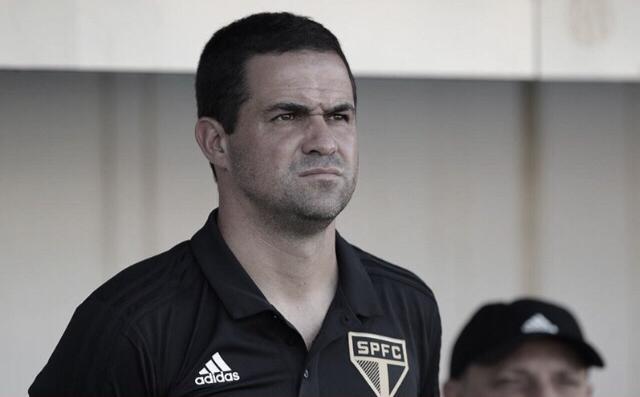 """André Jardine projeta duelo pela Libertadores contra Talleres: """"Vamos fazer nossa melhor partida do ano"""""""