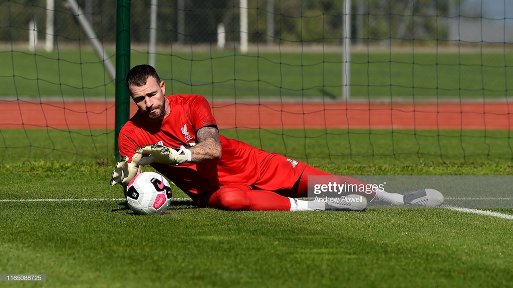 Liverpool agree one-year deal with Andy Lonergan following Alisson injury setback