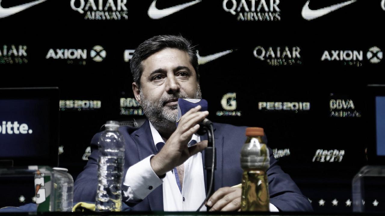 """Daniel Angelici: """"Tenemos dinero para invertir si aparece un jugador joven con proyección pero contamos con un buen plantel"""""""