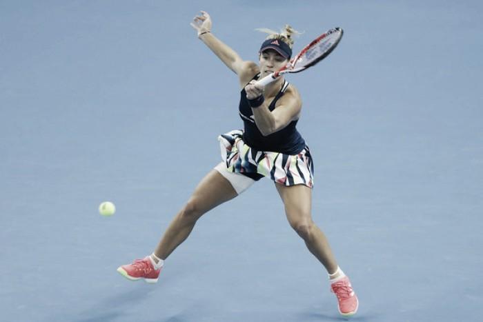 Wozniacki y Kerber cumplen con los pronósticos