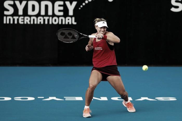 Kerber remonta ante una correosa Venus Williams