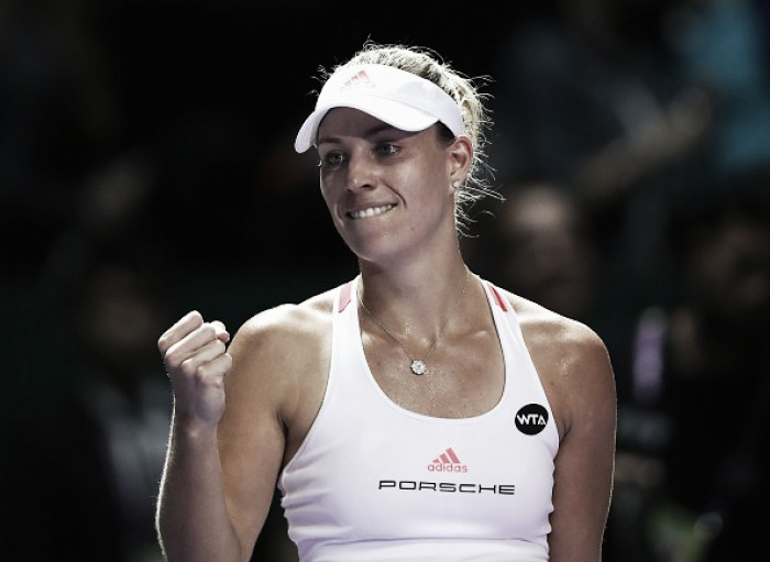 Keys makes huge save against Cibulkova in WTA Finals