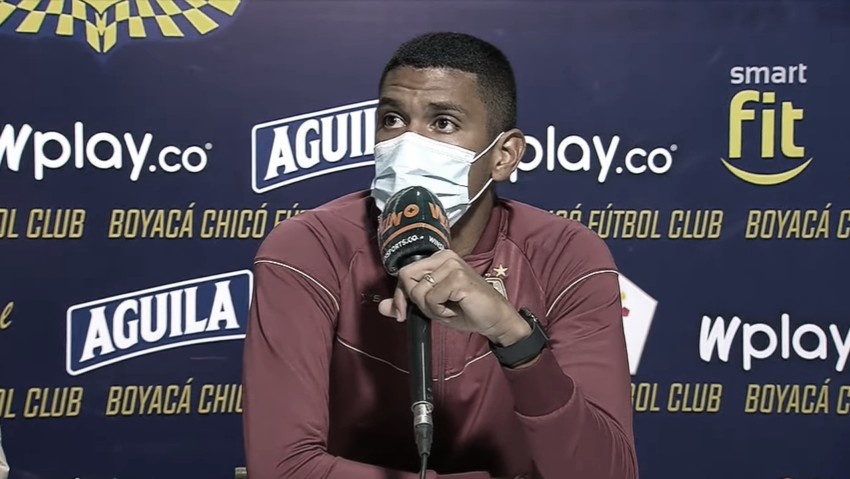 """Jeison Angulo: """"Debemos revisarnos nosotros los jugadores, el porqué nos está costando"""""""