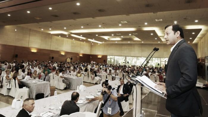 Anil Murthy se muestra optimista y confía en traer fichajes