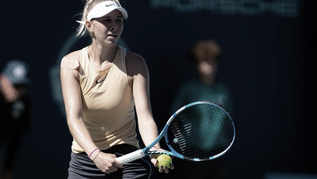 Pai de Anisimova morre de parada cardíaca e jovem desiste do US Open