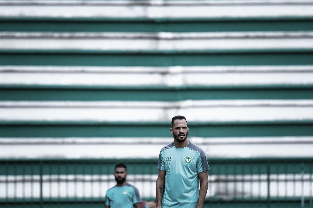 Anselmo Ramon visa boa sequência e desenvolvimento da Chapecoense no primeiro semestre