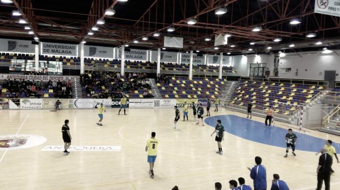El Balonmano Los Dólmenes se impone al Melilla en un encuentro disputado